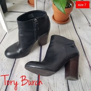 Tory Burch Fulton Black Leather Ankle Booties 7M